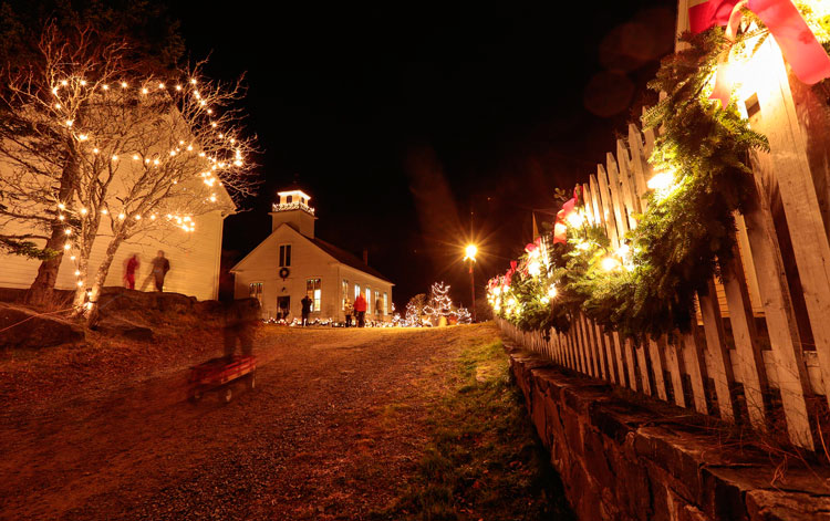Sherbrooke Village: Old Fashioned Christmas